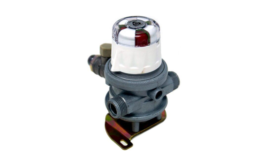 Système de commutation automatique pour le fonctionnement de 2 bouteilles de gaz simultanément